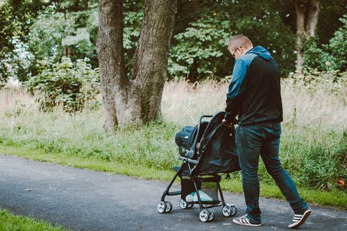 Why All Moms Need A Stroller Organizer In Their Life